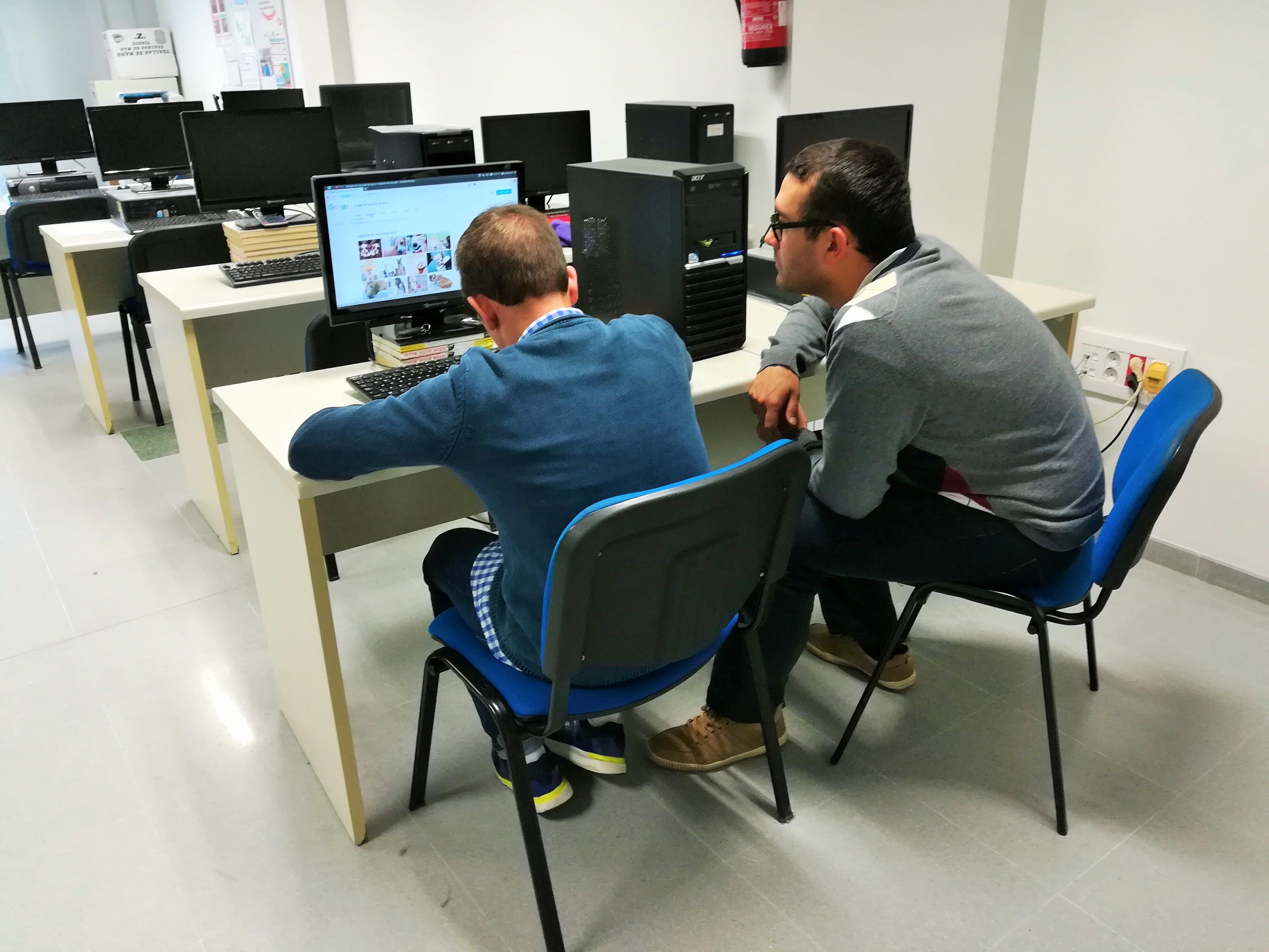 Fundación Dolores Bas financia nuestro proyecto TIC-IL