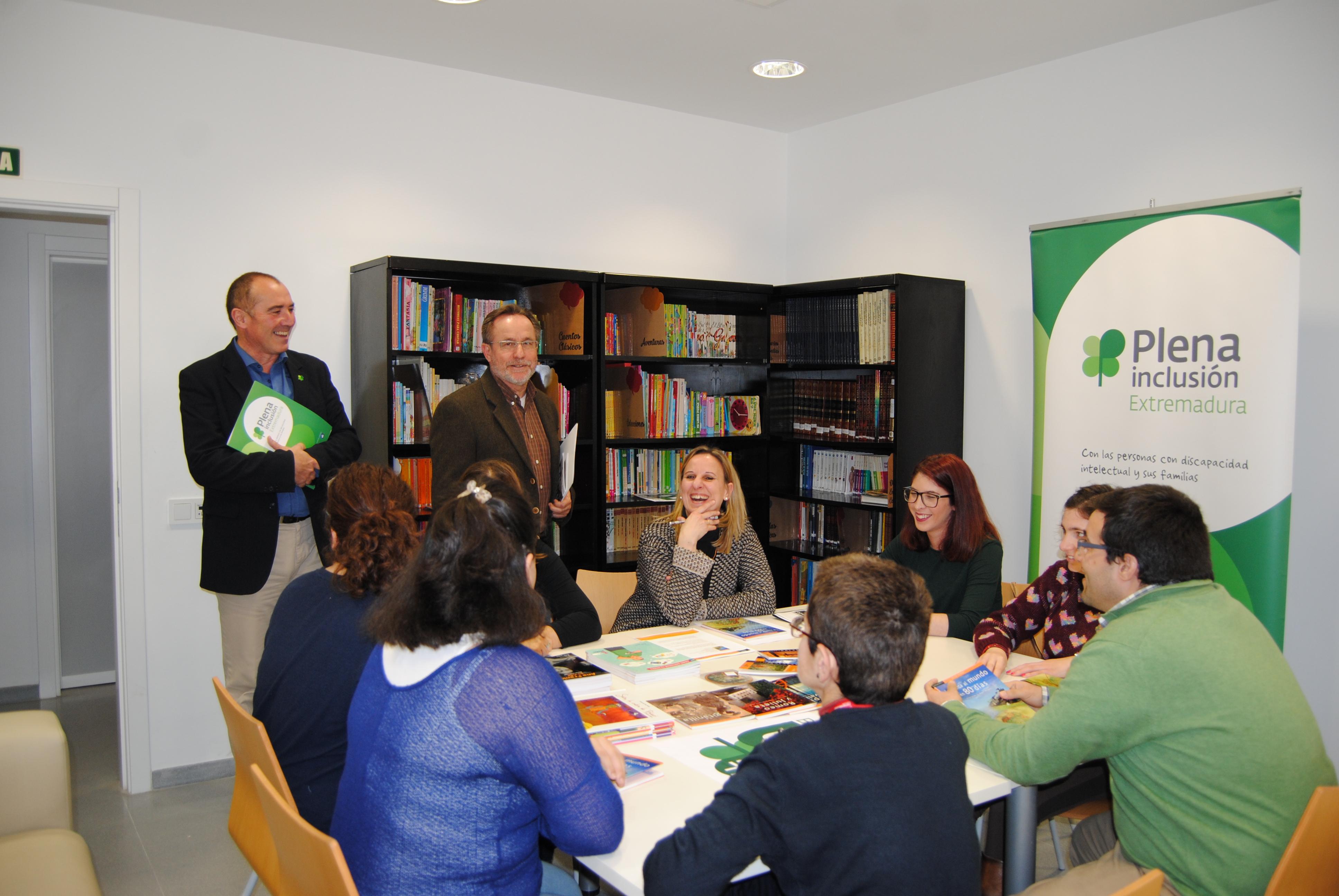 Plena inclusión Extremadura inscribe sus clubes de lectura fácil en el Registro del Plan de Fomento de la Lectura